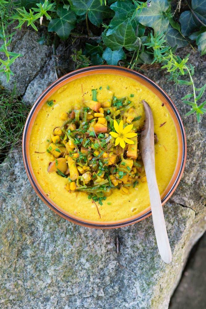 schnelle curry mais suppe mit fruchtiger einlage wenn 39 s schnell gehen muss. Black Bedroom Furniture Sets. Home Design Ideas