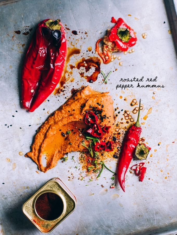 Roasted Red Pepper Hummus – Pikanter Hummus mit ofengerösteter Paprika