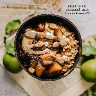 Herbstliches Oatmeal mit beschwipstem Birnenkompott