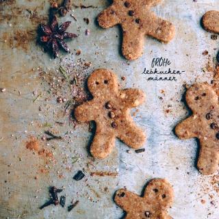 Raw Gingerbread – f*ROH*e Lebkuchenmänner